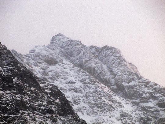Rysy (słow. Rysy, niem. Meeraugspitze, węg. Tengerszem-csúcs, 2503 m n.p.m.).