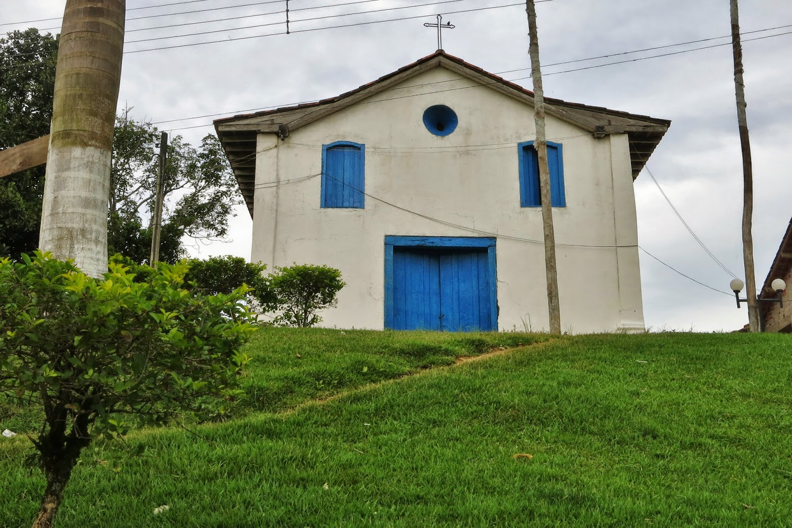 Igrejinha do Quilombo Ivaporunduva, ainda no estado de São Paulo