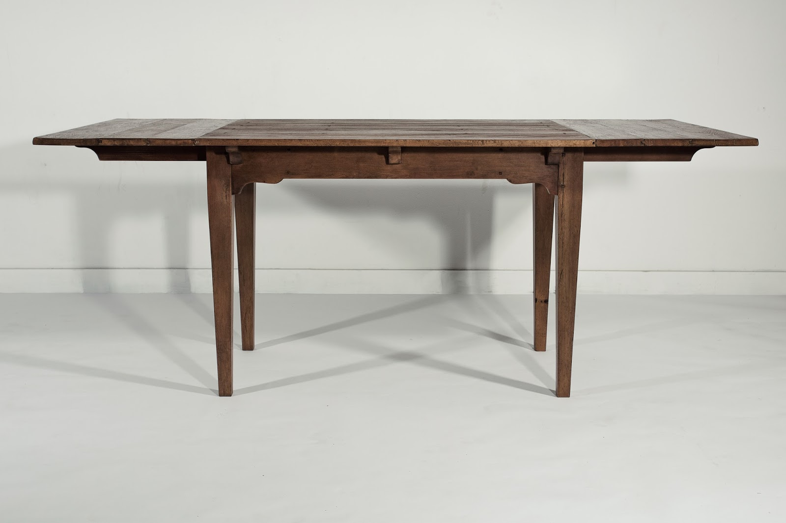 714 Farmhouse Extension Dining Table, Banquette Table, Farm Table With  Leaves