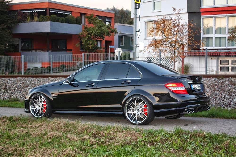 Mercedes-Benz C63 AMG W204 on R20 MOZ Wheels | BENZTUNING