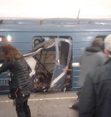 Deux explosions dans deux stations de métro de Saint-Pétersbourg
