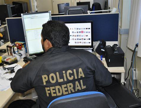 Brasil e Argentina fazem operação de combate à pedofilia