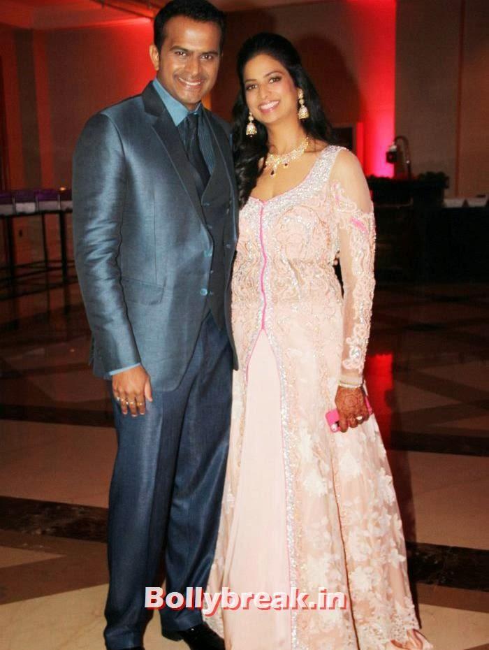 Siddharth Kannan, Neha Kannan, Siddharth Kannan & Neha Agarwal Wedding Reception Pics