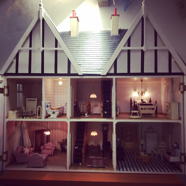 Mrs Bishop's Victorian Doll's House