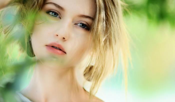 6 dicas de cuidados com a pele aos 20 anos