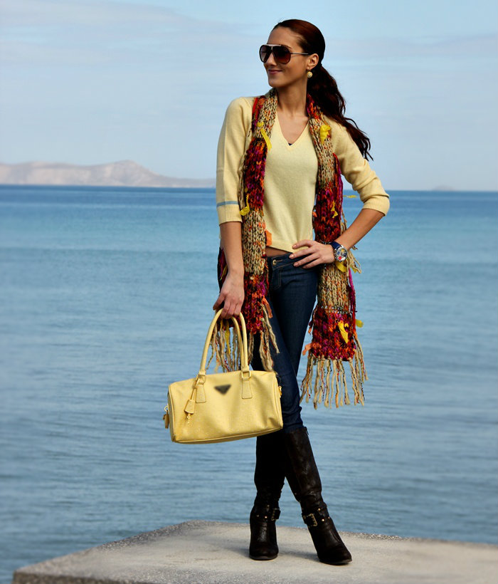 Abercrombie & Fitch yellow sweater and yellow bag