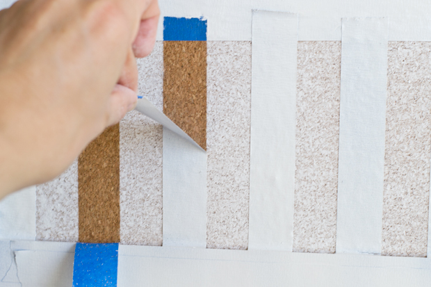 making a striped corkboard