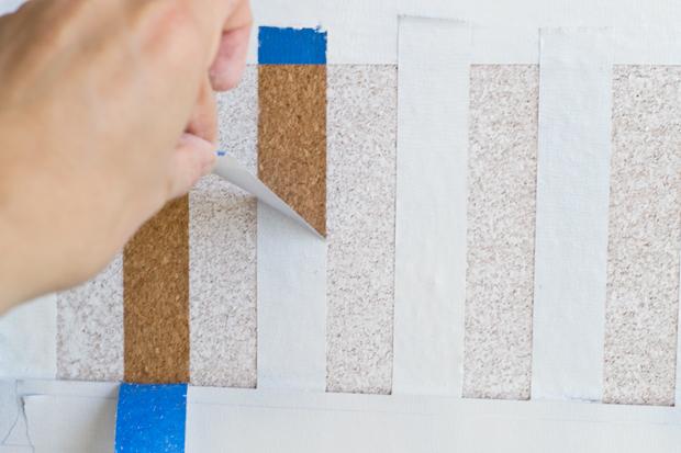 making a striped corkboard