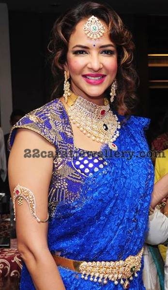Lakshmi Manchu in Diamond Tikka