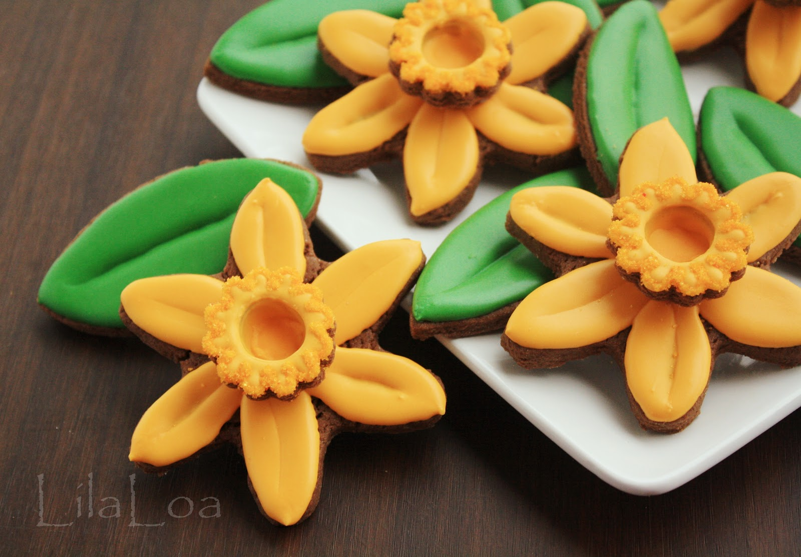Daffodilsain flower cookies izmirmasajfo