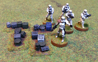 Stormtroopers and cargo boxes