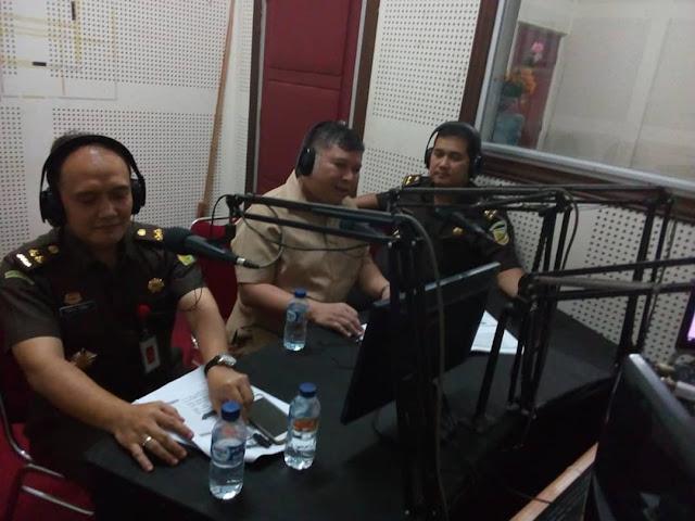 Beri Pemahaman Hukum Mayarakat, Kejati Sulsel Gelar Jaksa Menyapa di RRI Makassar