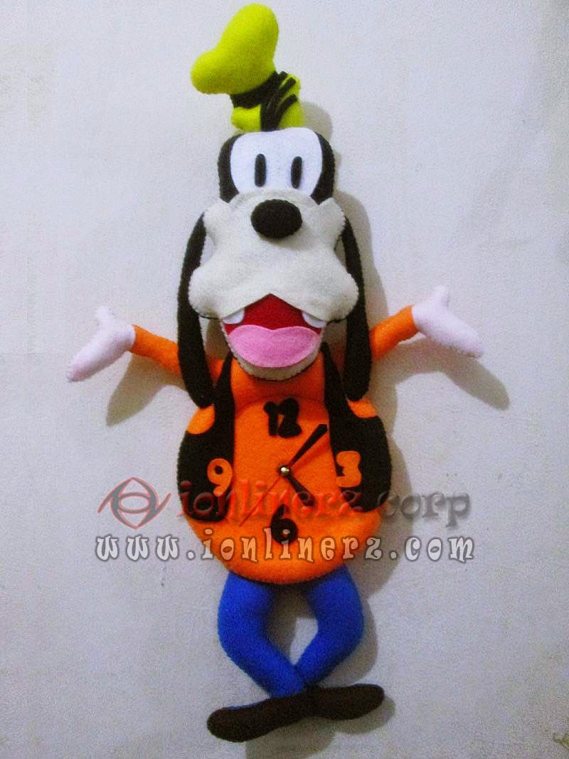 Jam Dinding Flanel Karakter Kartun Boneka Goofy