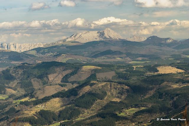 Parque Natural de Urkiola desde Gorbea por El Guisante Verde Project
