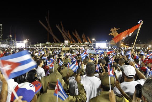 Cinzas de Fidel Castro voltam ao 'berço da revolução'