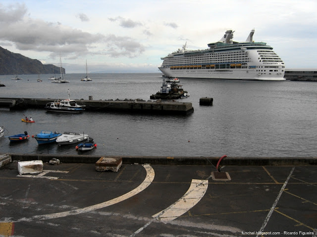 ADVENTURE OF THE SEAS - FUNCHAL