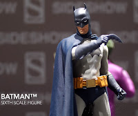 SDCC 2018 Sideshow DC Comics Batman Sixth Scale Figure 001