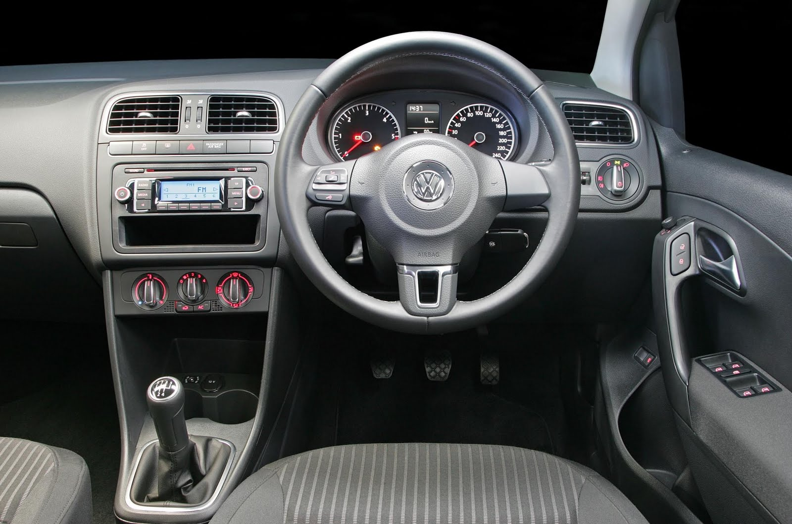 2011 Volkswagen Polo Sedan 1 6 Tdi Related Infomation