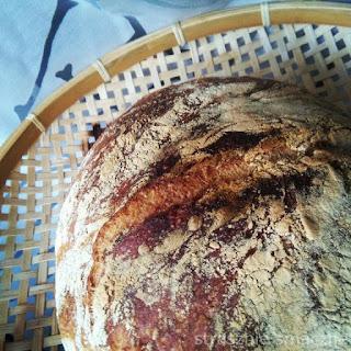 Chleb pszenny z zaczynu
