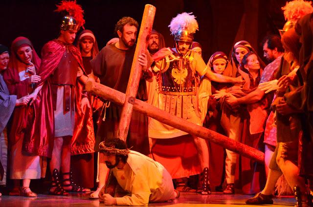 Peregrinación a ver la Pasión en Huesca