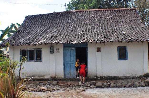 33 Gambar Rumah Minimalis Di Desa Gambar Minimalis Lamsel Com