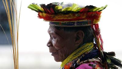 La comunidad indígena ecuatoriana acusó a la Texaco- Chevron de dañar el ambiente y contaminar los ríos durante sus actividades en el país. Fuente: EFE