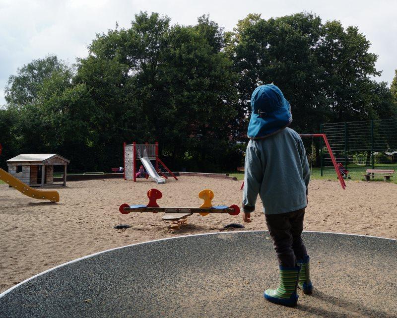 Klettergerüst Reim : Küstenkidsunterwegs: 5 spielplätze im kieler süden mit dem