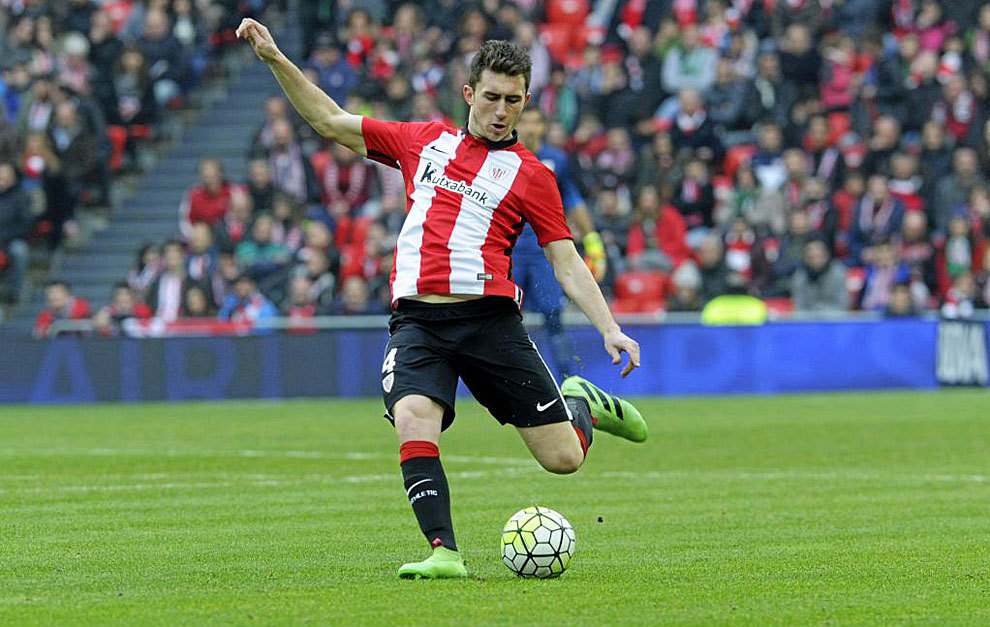 Spanish football soccer sports blog for Laporte city