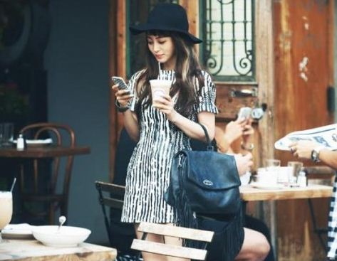Han_Ye_Seul_Korean_Actress_Fashion_Styles