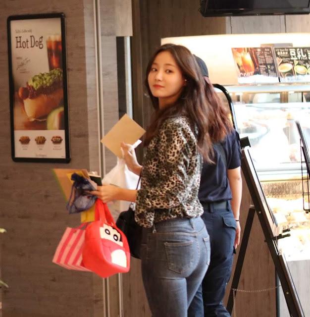 MOMOLAND Yeonwoo Amazes With Her Curvy Butt! | Daily K Pop