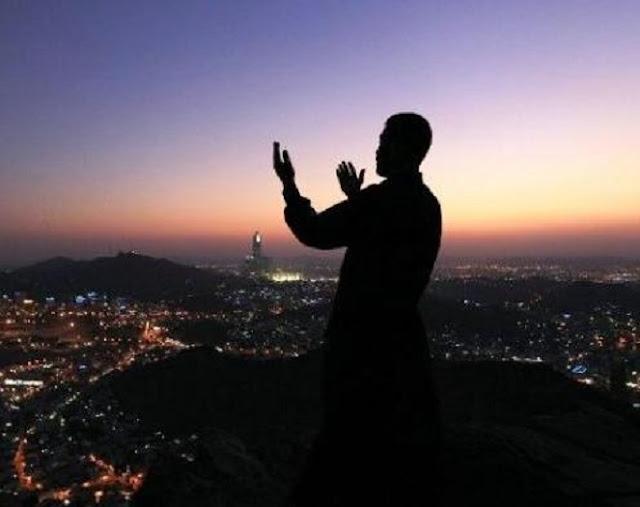 Kisah Orang Yang Masuk Neraka Karena Tekun Ibadah