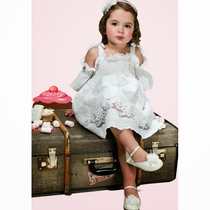 4722c833bb9c Απλά ή εντυπωσιακά ρούχα βάπτισης; Ένα ευκολοφόρετο φορεματάκι ή κοστουμάκι  που θα μπορεί να το ξαναφορέσει το παιδί ή ένα ιδιαίτερο μοναδικό ρούχο για  τη ...