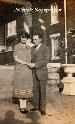 Thelma Haga and friend 25 Jan 1925 http://jollettetc.blogspot.com