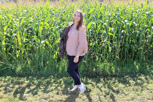 Outfit Post - Corn Fields September