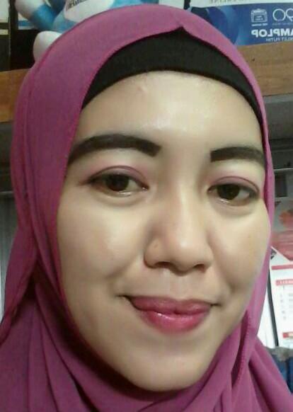 Laila Seorang Janda Dengan 2 Anak Beragama Islam Suku Jawa Berprofesi Karyawan Di Kota Bekasi Jawa Barat Mencari Jodoh Pasangan Pria Untuk Jadi Calon Suami