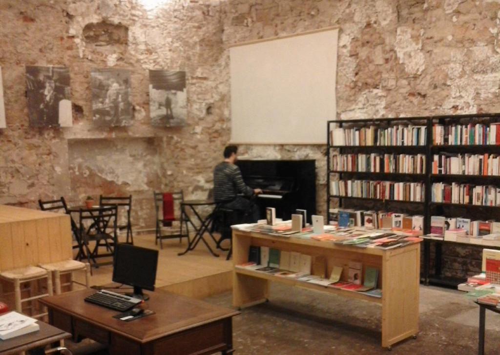 Las 20 mejores librer as de espa a para visitar el club for Libreria nautica bilbao
