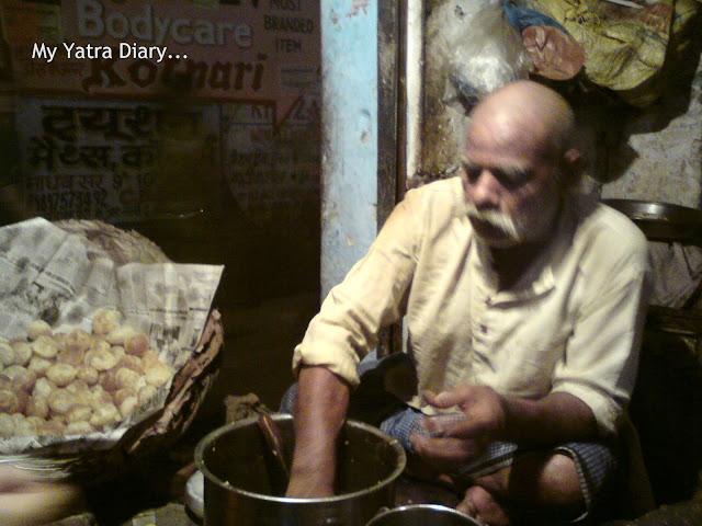 Pani Puri vendor in Mathura