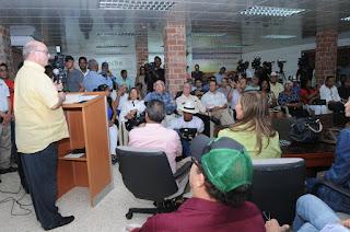 Hipólito Mejía promete devolver la institucionalidad al sector agropecuario nacional.