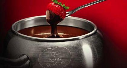 http://3.bp.blogspot.com/-C1eaESW9m0Q/TypVThgNlzI/AAAAAAAABGU/eVZBlLnPQ8A/s1600/hadiah+valentine+day.jpg