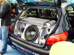 Satu diantara langkah paling baik untuk memiliki sound sistem mobil yang terbaik yaitu untuk tahu apa yang orang memakai yang mempunyai mobil seperti punya Anda serta bahwasanya seperti type yang sama dari audio yang Anda kerjakan.