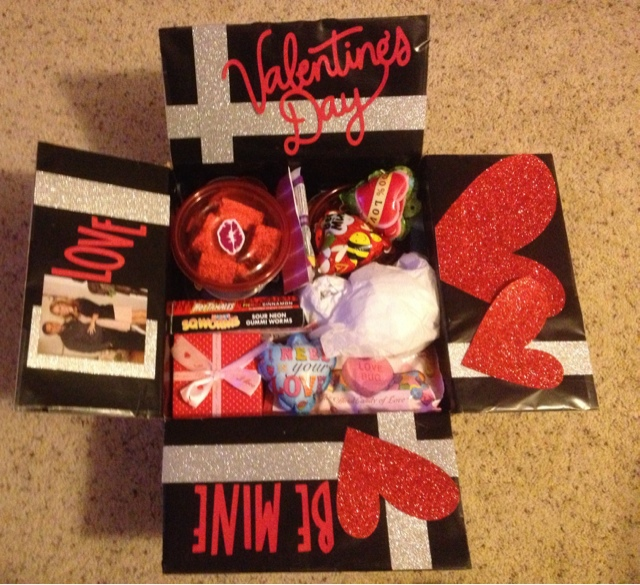 My Soldier And I: Care Package #4: Valentine's Day