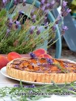 http://salzkorn.blogspot.fr/2012/07/aprikosentarte-mit-lavendel-zum-zweiten.html