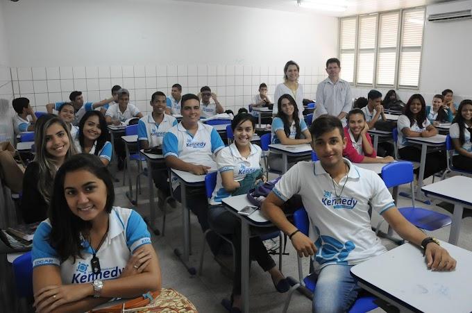 RN: Crise econômica faz alunos de colégios particulares migrarem para as escolas estaduais