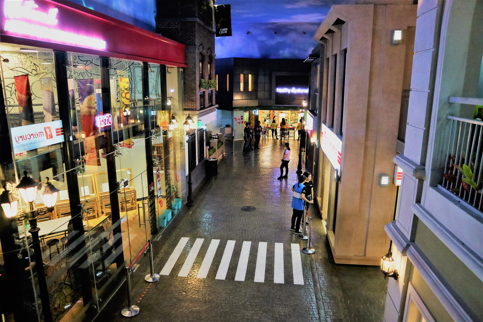 Paved road and pedestrian lane - KidZania Manila