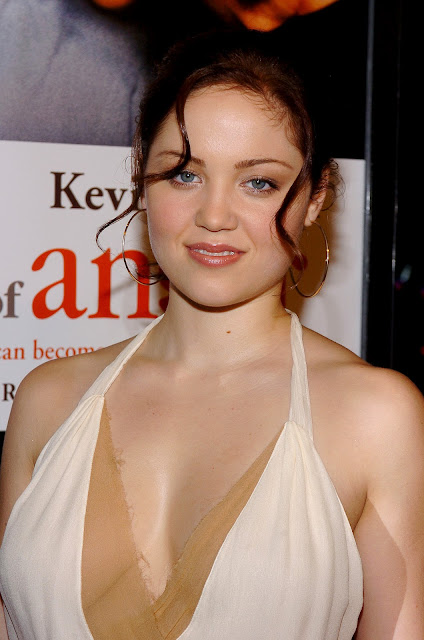 Wallpaper Images With Tamil Quotes Erika Christensen Hot Hd Wallpapers Entertainment