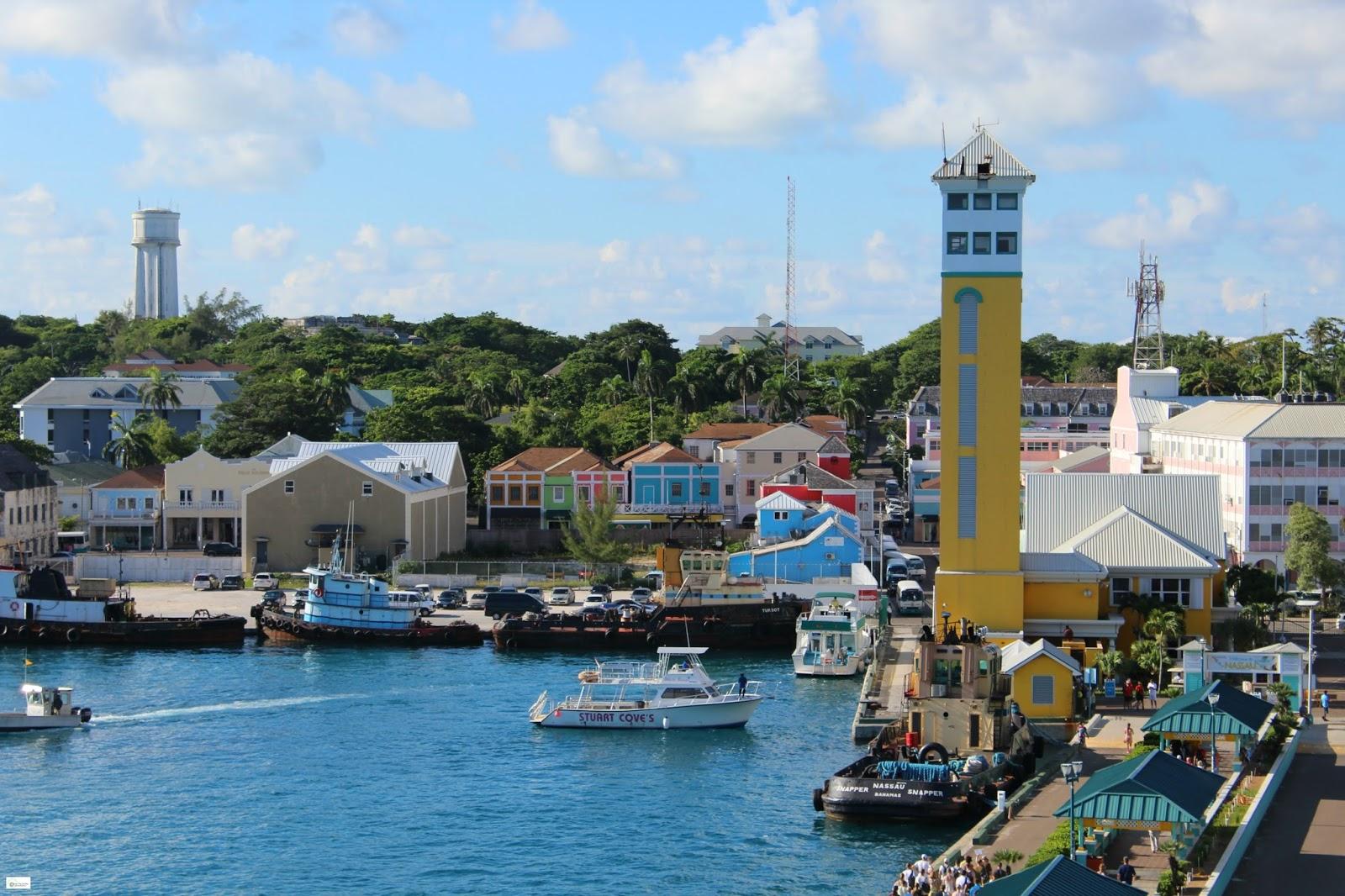 Caravan Sonnet Port Of Nassau Bahamas