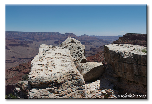 Rock ledges on the south rim of the Grand Canyon