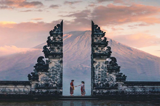 Lempuyang Temple / Heaven Gate of Bali | Sunia Bali Tour