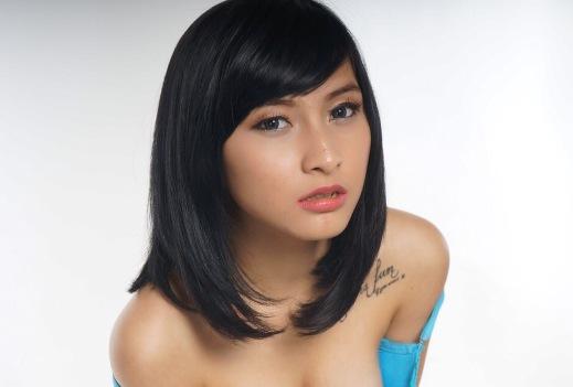 Download Koleksi Foto Ocha Sahara, Model Sexy Imut Hot Photography Cover Model Sexy Majalah Popular-World Indonesia - www.insight-zone.com