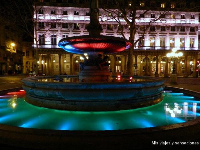 París de noche, Place André Malraux